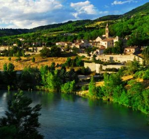 טיולים מאורגנים לצרפת לציבור שומר מסורת