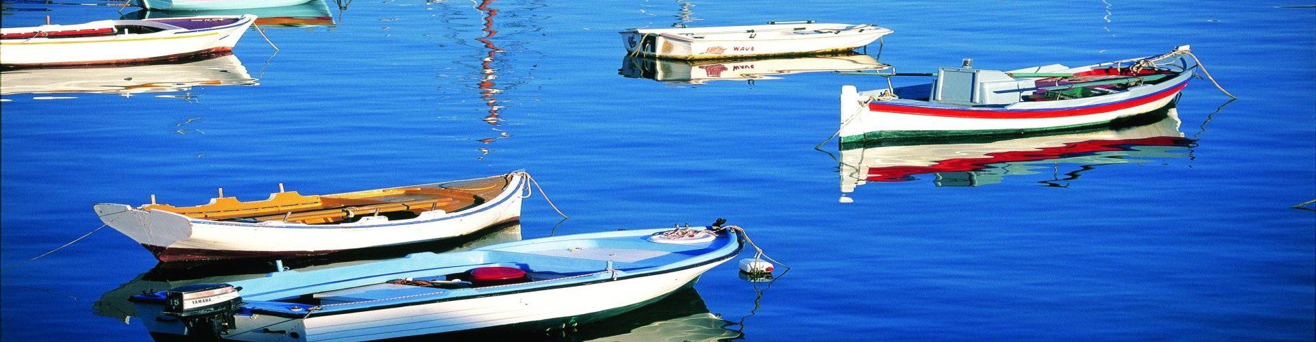 סירות במיקונוס, יוון